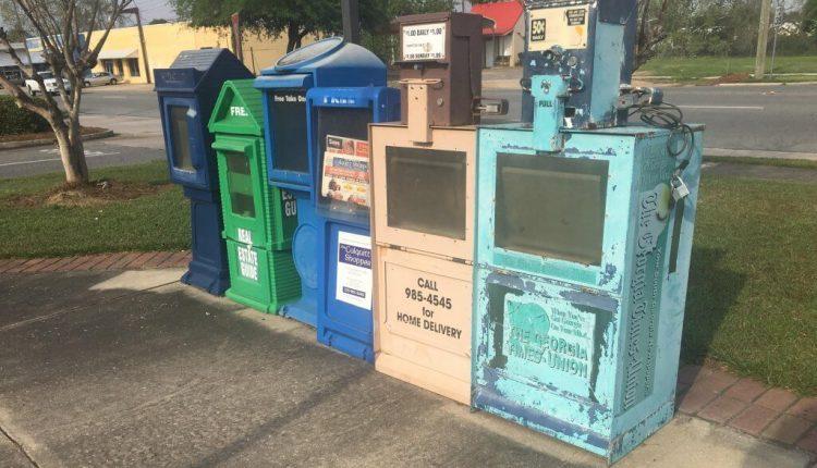 Newspaper-box.jpg